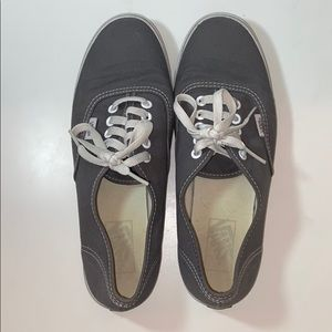 AUTHENTIC Vans Sneaker Grey Size 7.5 men's 9 women